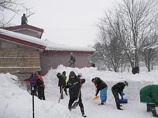 除雪のボランティア